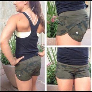 🔥Lululemon Speed Shorts-Savasana Camo Green🔥